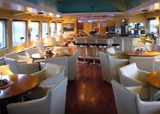 Salon und Lounge auf dem Oberdeck